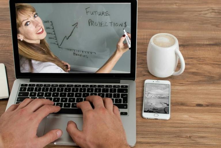 Peluang Bisnis Coaching Online Menjanjikan di Era Sekarang