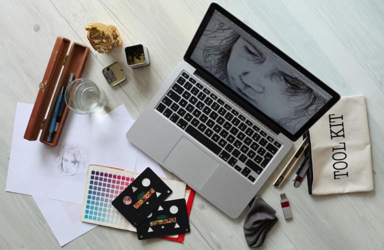 Tips Menjadi Desainer Grafis Handal Tanpa Kuliah